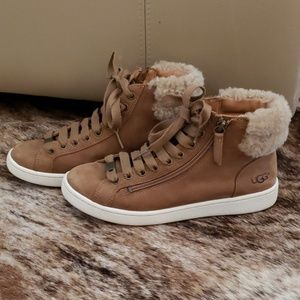 UGG Suede Boots!
